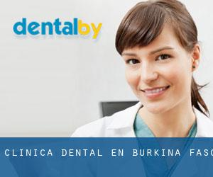 Clínica dental en Burkina Faso